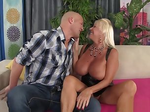 Best Bald Porn Videos